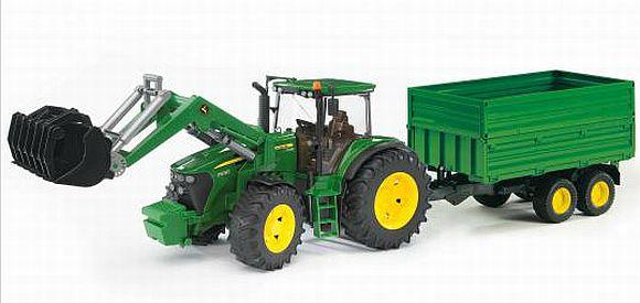 Bruder 3055 Traktor JOHN DEERE + VLEK + RADLICE