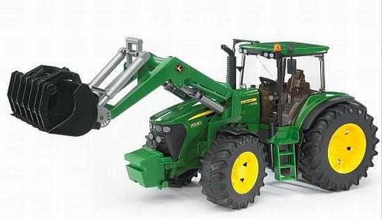Bruder 3051 Traktor John Deere 7930 a nakladač