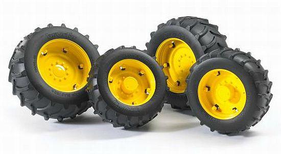 Bruder 2321 náhradní kola pro traktory řady 2000 - žlutá (pro traktory John Deere řady 2000)