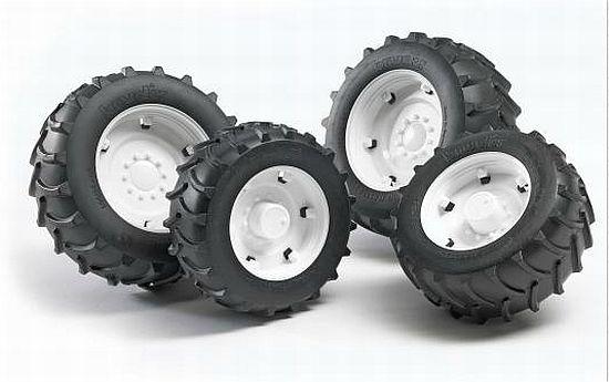 Bruder 2323 náhradní kola pro traktory řady 2000 - bílá (pro traktory Steyr a New Holland řady 2000)