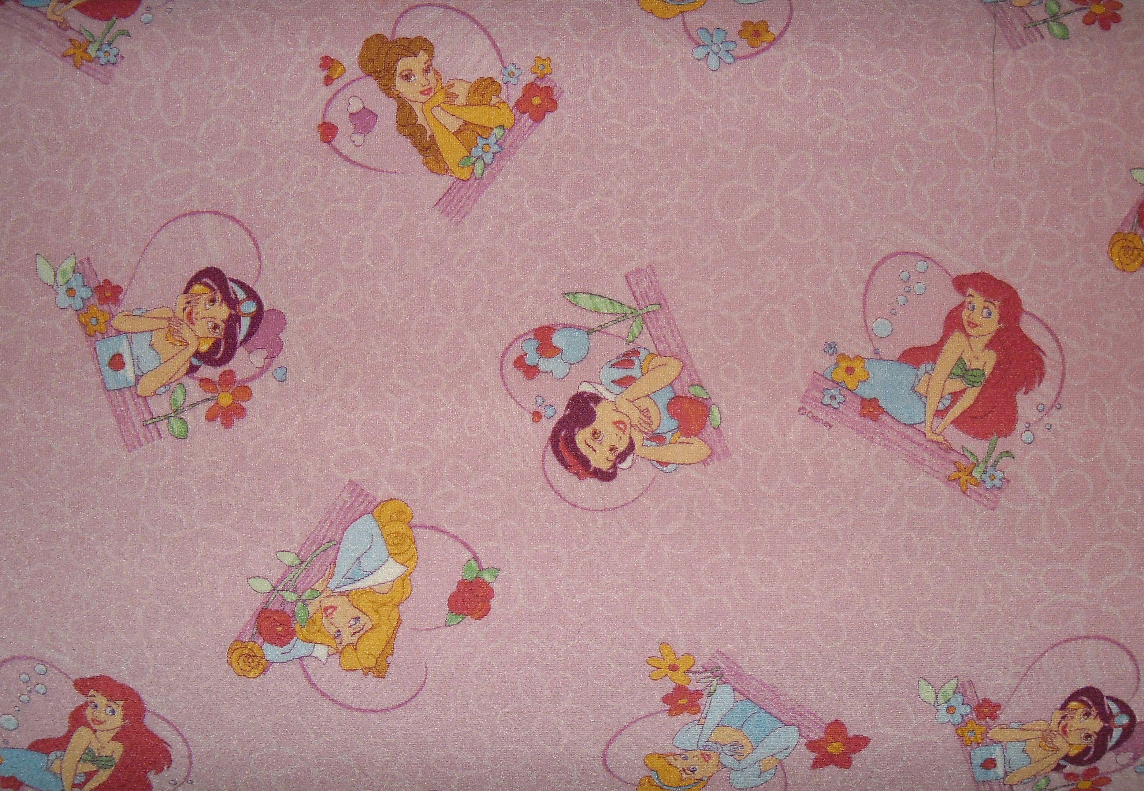 Dětský metrážový koberec PRINCESS TALES 60 š.4m (princezna)