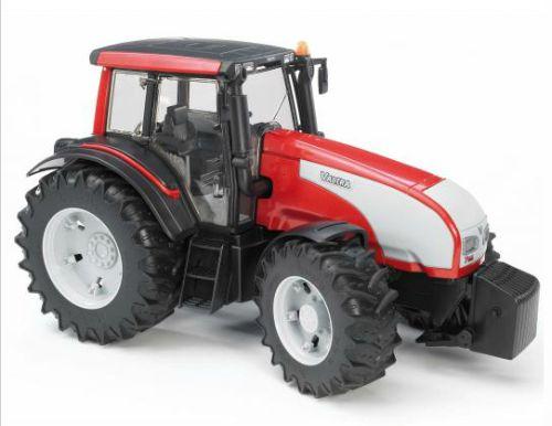 Bruder 3070 Traktor VALTRA