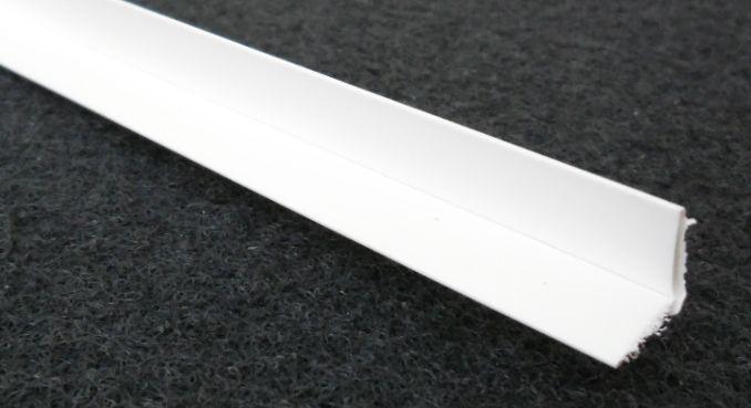 Ochranný roh 10x10x2500mm bílý