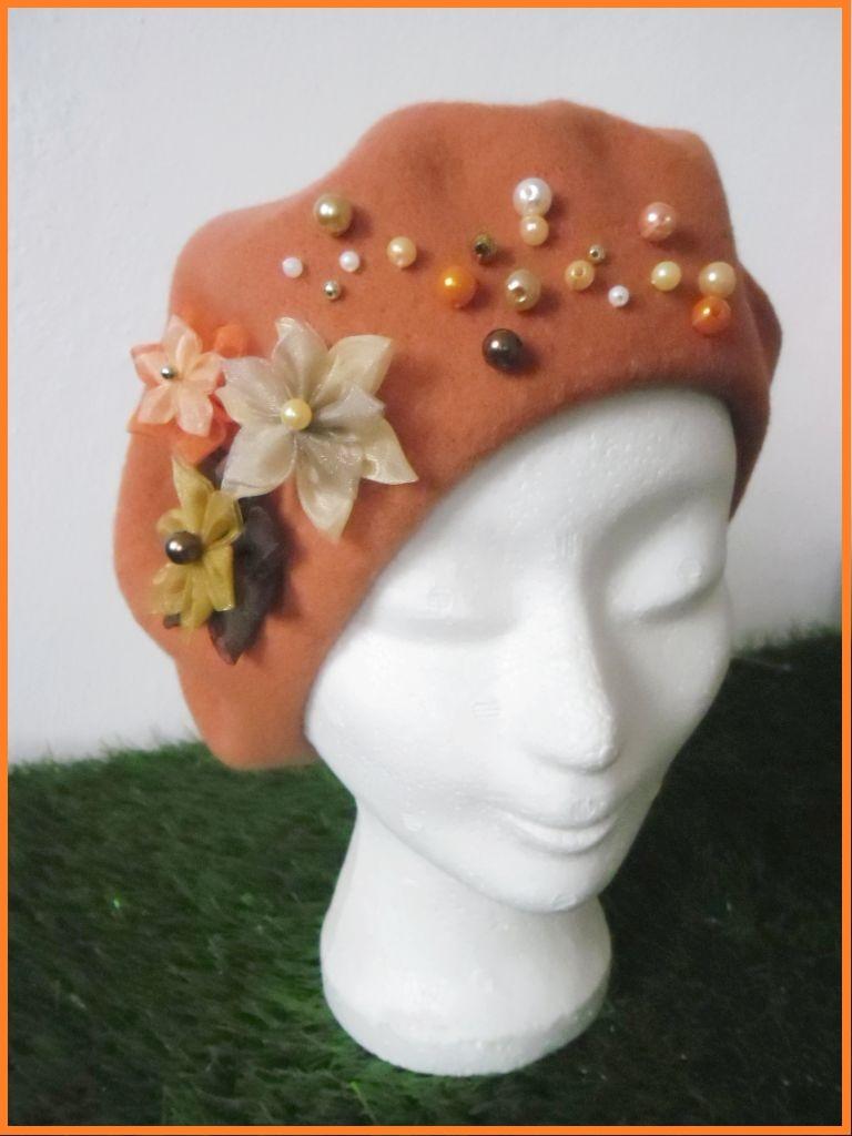 Ručně zdobený dámský baret PREZIO (Podzimní zdobení)