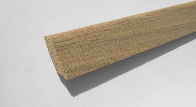 Spálenský dřevěná podlahová lišta P 3507 DUB masiv 35x7mm (cena za 1m)