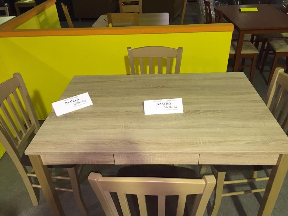 jídelní stůl GASTRO + židle PAMELA dub