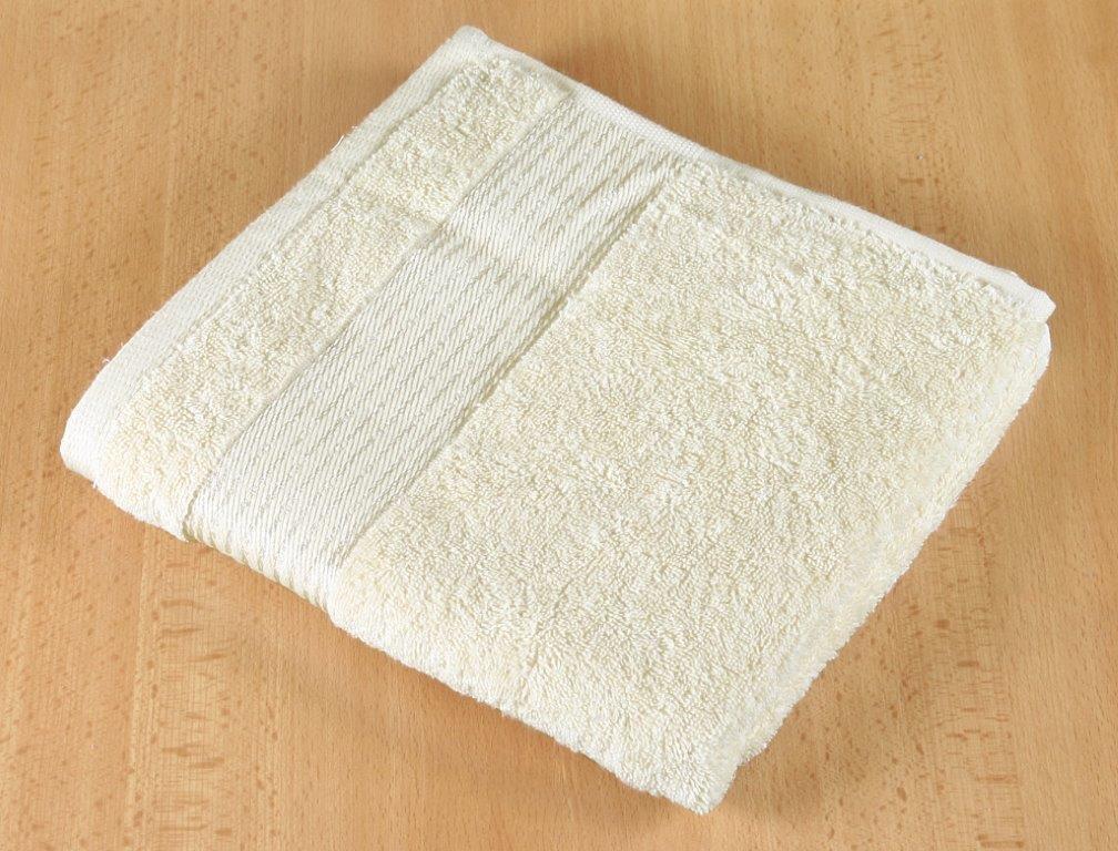 Froté ručník 50x100cm 450g béžová