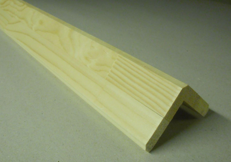 Spálenský dřevěná rohová lišta RF 5252/240cm smrk 52x52x2400mm (ochranný roh)