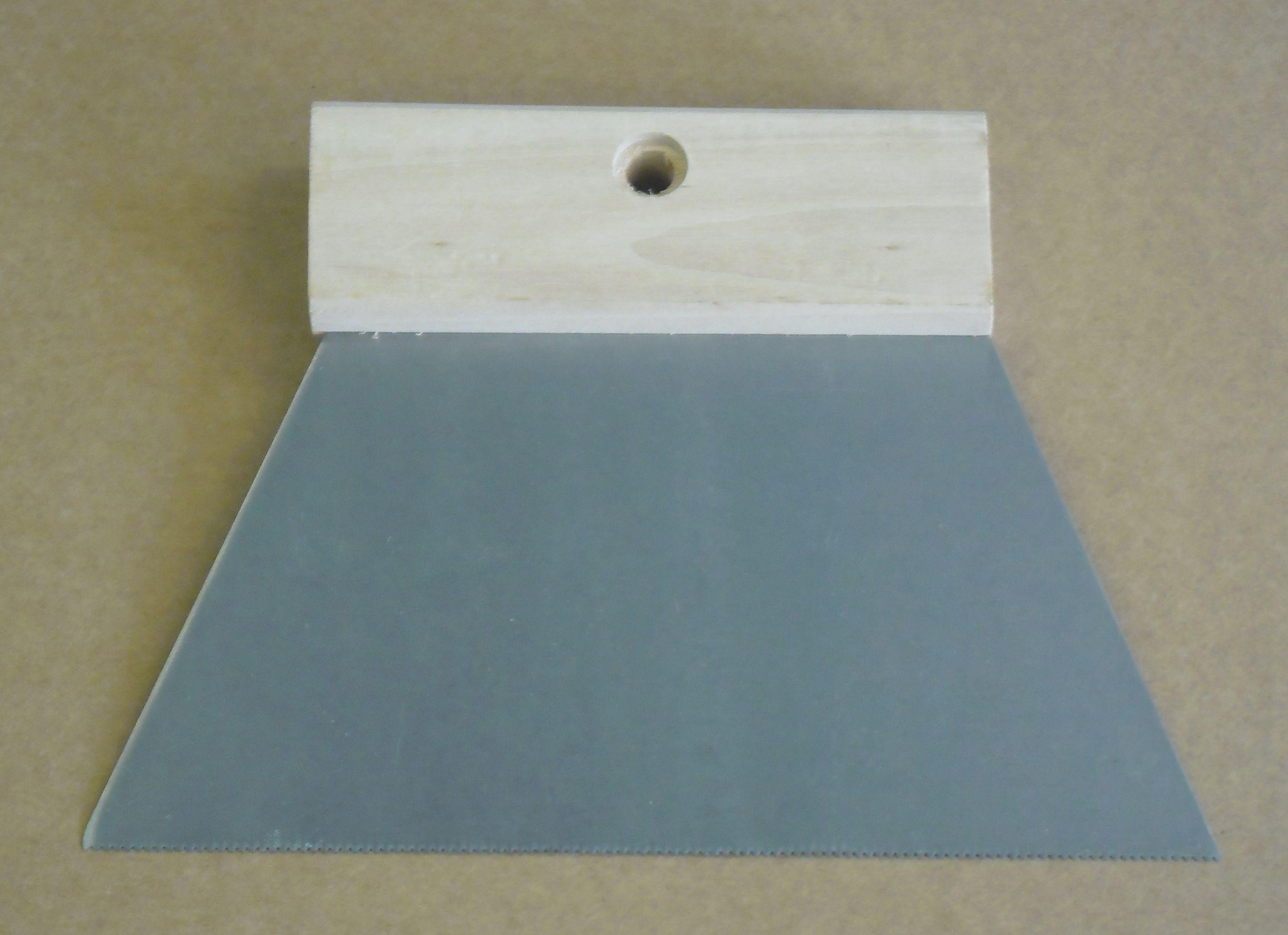 Podlahářská stěrka na lepidlo A1 180mm (ozubená špachtle)